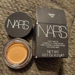 NARS Soft Matte Concealer MED/DARK BISCUIT